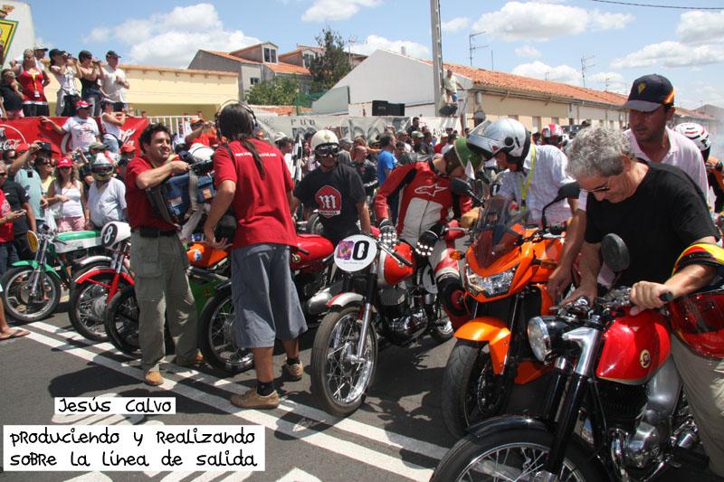 En 2009, un buen número de leyendas se reunieron en La Bañeza para rememorar viejos tiempos. Nuestras cámaras inmortalizaron aquel momento.